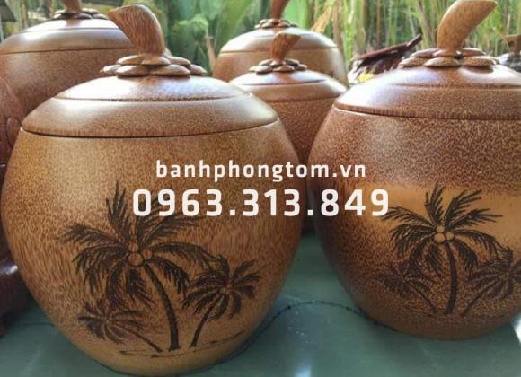 Bình giữ ấm trái dừa sản phẩm nghệ thuật từ bàn tay bình dân